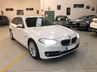 BMW Serie 5 d xDrive Touring Luxury Automatica