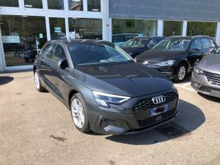 AUDI A3 SPB 30 TDI Business KM 0