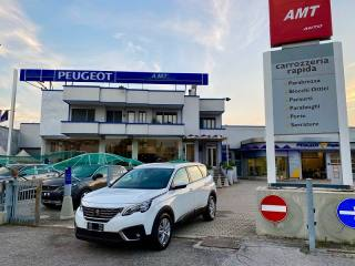 PEUGEOT 5008 BlueHDi 130 EAT8 S&S Business
