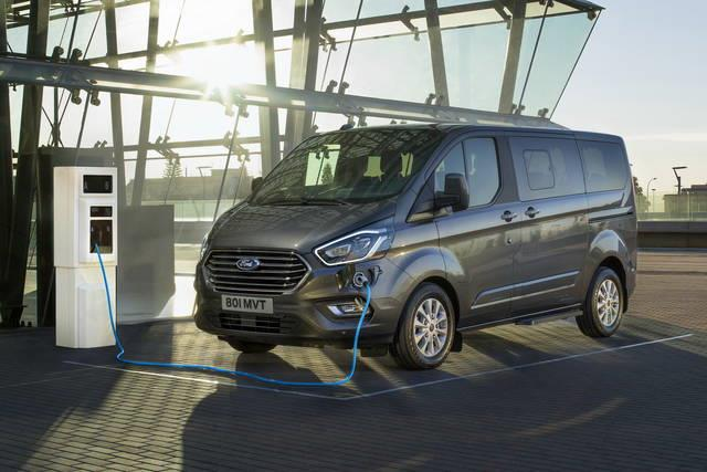 Nuovo Ford Transit plug-in Hybrid
