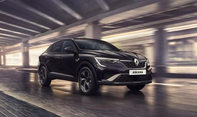 Renault Arkana Hybrid, vantaggi e svantaggi della promozione sul nuovo SUV coupé Renault