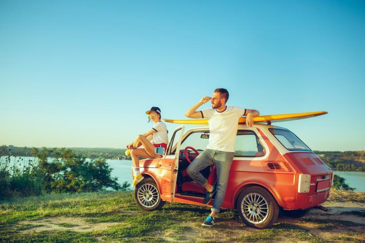 Vacanza in auto: tutti i controlli da effettuare per un viaggio all