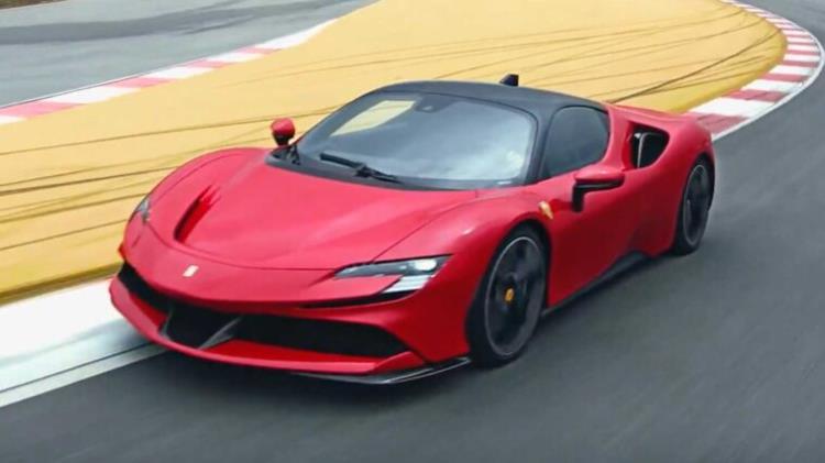 Motori elettrici e Ferrari: una nuova era per la casa di Maranello